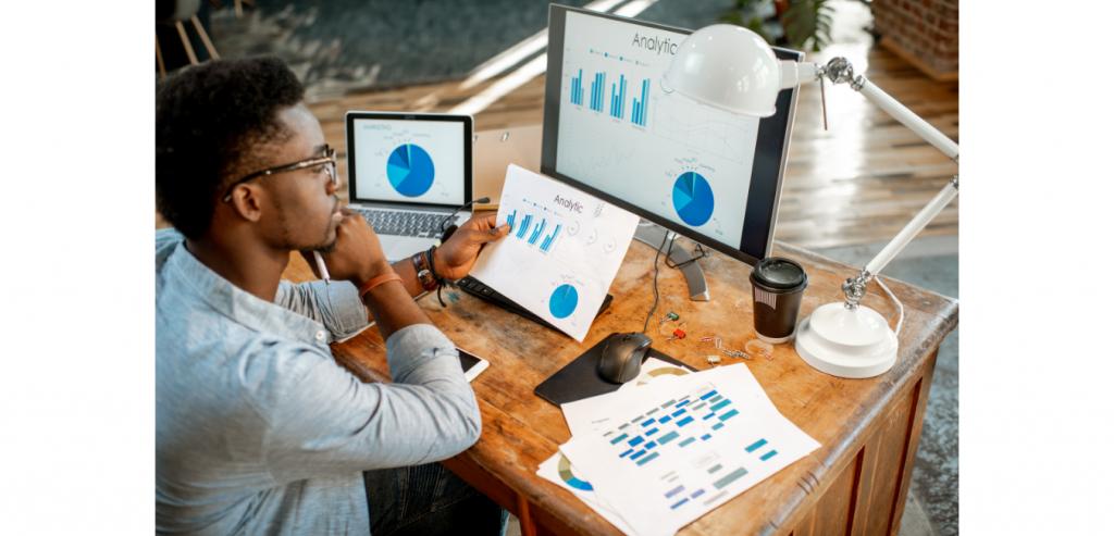 Tracking analytics on social media